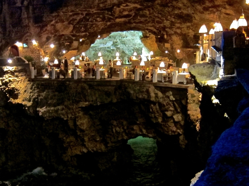 Dinner in a Sea Cave. Live Your Italian Dream.